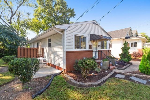 2811 Stanhope Ave, Norfolk, VA 23504 (#10221395) :: The Kris Weaver Real Estate Team