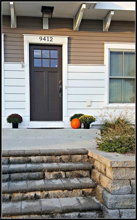 9412 26th Bay St, Norfolk, VA 23518 (#10221851) :: The Kris Weaver Real Estate Team