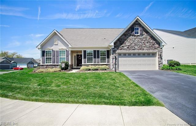 8355 E Lord Botetourt Loop, New Kent County, VA 23124 (#10222040) :: The Kris Weaver Real Estate Team