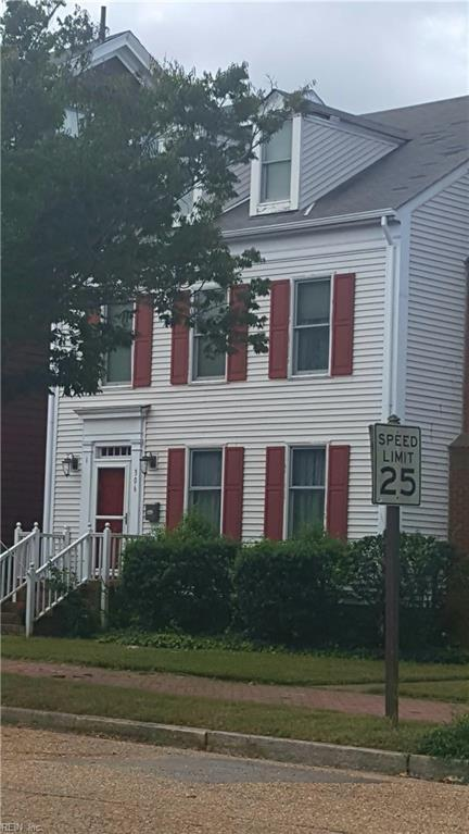 306 Court St, Portsmouth, VA 23704 (#10222596) :: Berkshire Hathaway HomeServices Towne Realty