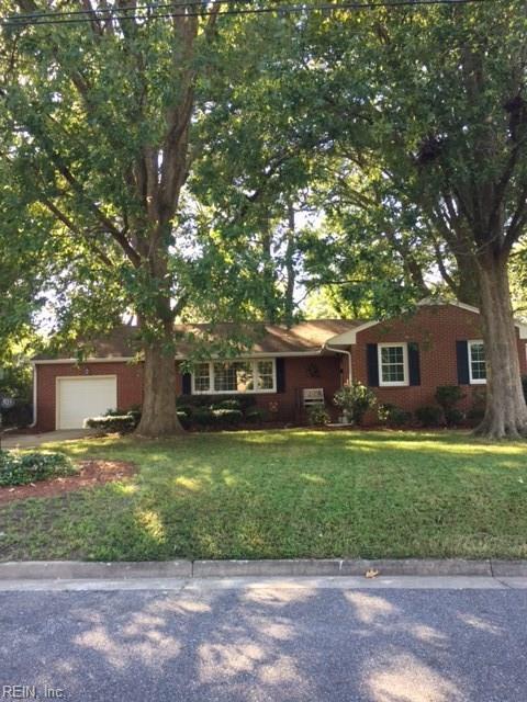 303 Woodroof Rn, Newport News, VA 23601 (#10223589) :: Berkshire Hathaway HomeServices Towne Realty