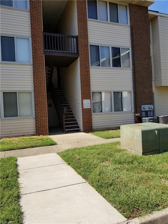 129 Hampton Club Dr, Hampton, VA 23666 (#10223733) :: The Kris Weaver Real Estate Team