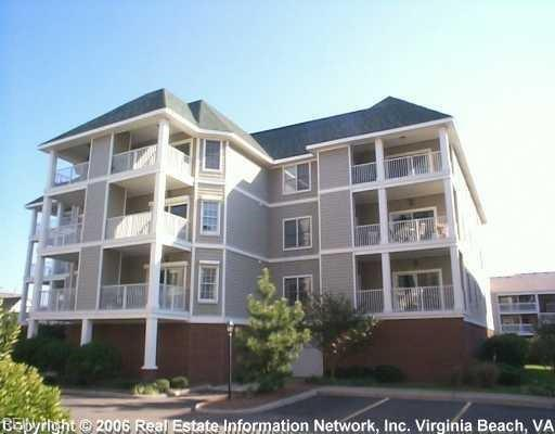 2417 Ocean Shore Cres #301, Virginia Beach, VA 23451 (MLS #10224000) :: AtCoastal Realty