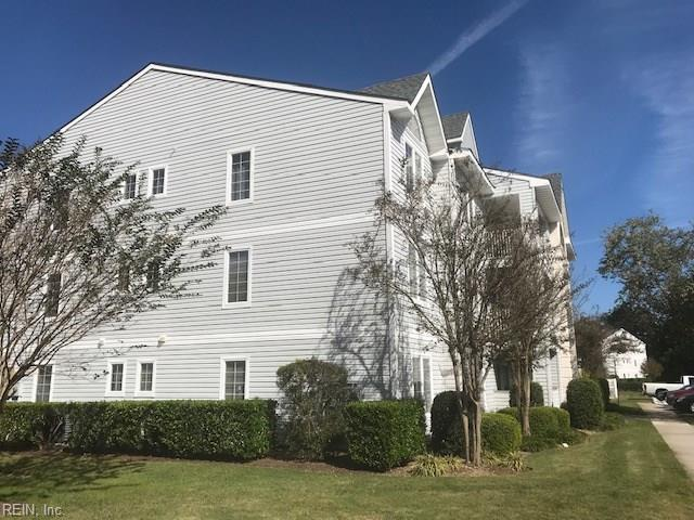 916 Charnell Dr #200, Virginia Beach, VA 23451 (#10225270) :: Atkinson Realty