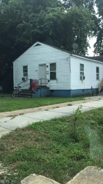 817 Powhatan Parkway, Hampton, VA 23661 (#10226278) :: Vasquez Real Estate Group