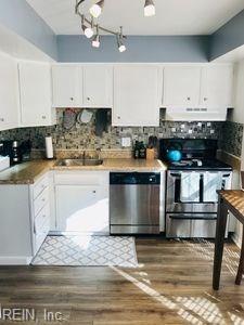 3704 Kingsmill Walk, Virginia Beach, VA 23452 (#10226326) :: Abbitt Realty Co.
