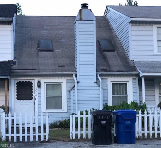 3222 Creekside Dr, Virginia Beach, VA 23453 (MLS #10228298) :: Chantel Ray Real Estate