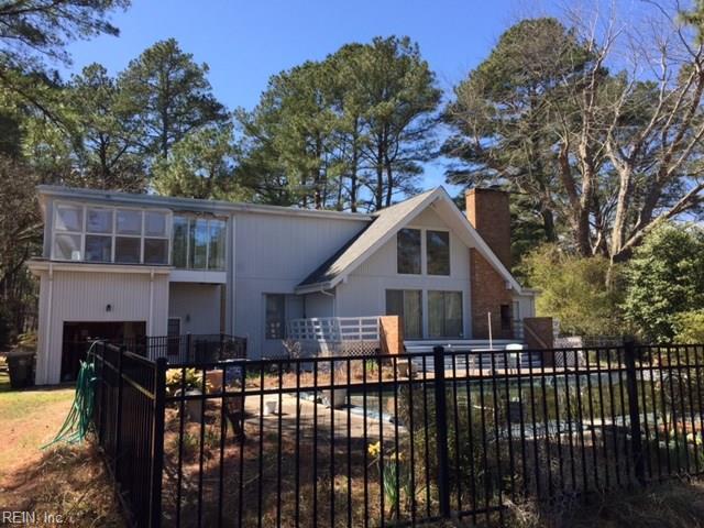 114 Bay Tree Beach Rd, York County, VA 23696 (MLS #10231958) :: Chantel Ray Real Estate
