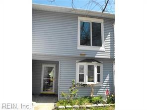 726 Roosevelt Ave, Virginia Beach, VA 23452 (#10232177) :: Vasquez Real Estate Group