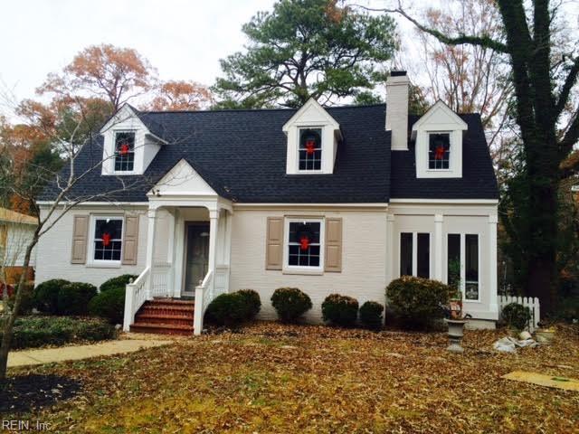 1200 Riverside Dr, Newport News, VA 23606 (#10233633) :: Atlantic Sotheby's International Realty
