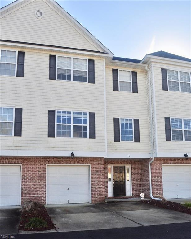 712 Sequoia Way, Virginia Beach, VA 23451 (#10234621) :: The Kris Weaver Real Estate Team