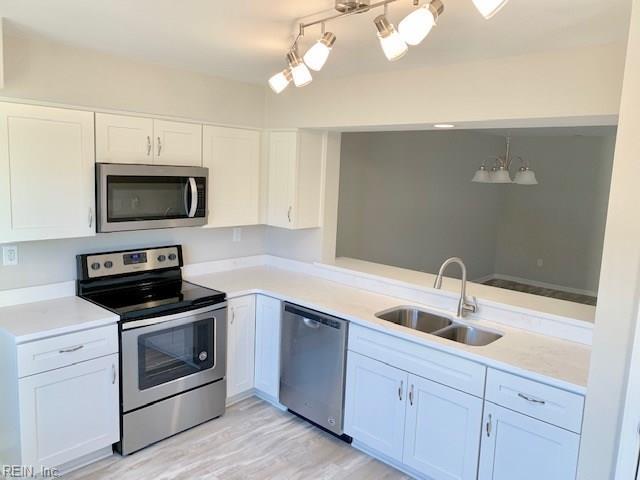 5580 Campus Dr, Virginia Beach, VA 23462 (#10236443) :: Austin James Real Estate