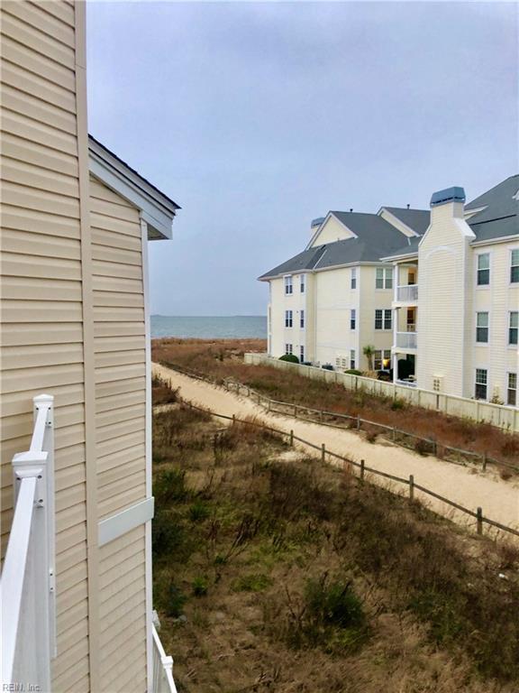 2328 Bays Edge Ave Ave, Virginia Beach, VA 23451 (#10236470) :: Coastal Virginia Real Estate