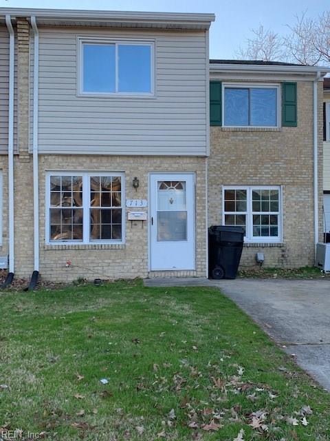 713 Hayes Avenue Ave, Virginia Beach, VA 23452 (#10237539) :: Abbitt Realty Co.