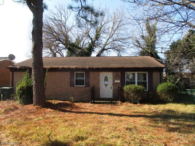2225 Harrell Ave, Norfolk, VA 23509 (MLS #10237765) :: AtCoastal Realty