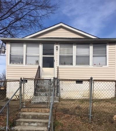 2305 Berry St, Hopewell City, VA 23860 (#10237789) :: Abbitt Realty Co.