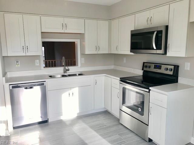 248 Weller Blvd, Virginia Beach, VA 23462 (MLS #10238351) :: Chantel Ray Real Estate