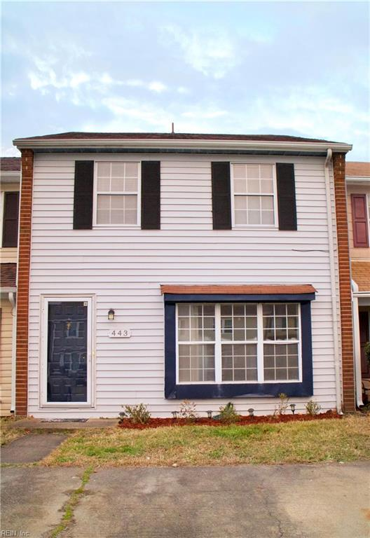 443 Indian Summer Ln, Virginia Beach, VA 23462 (MLS #10239490) :: Chantel Ray Real Estate
