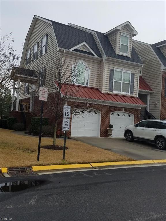 4533 Leamore Square Rd, Virginia Beach, VA 23462 (#10240384) :: Austin James Real Estate
