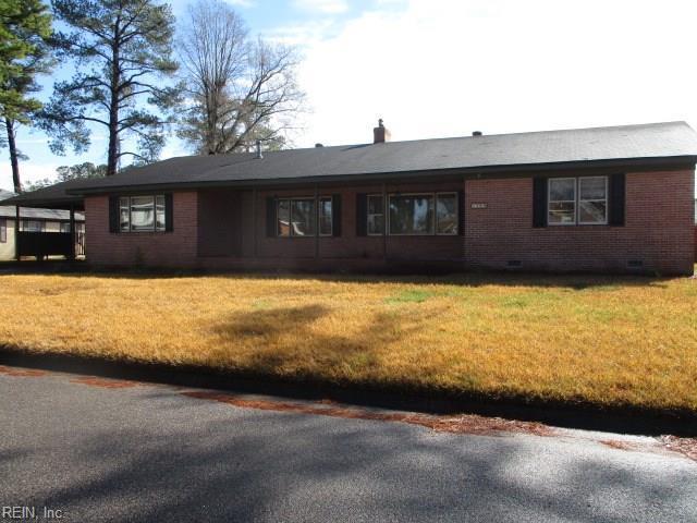 1409 Carson Cres W, Portsmouth, VA 23701 (#10241477) :: The Kris Weaver Real Estate Team