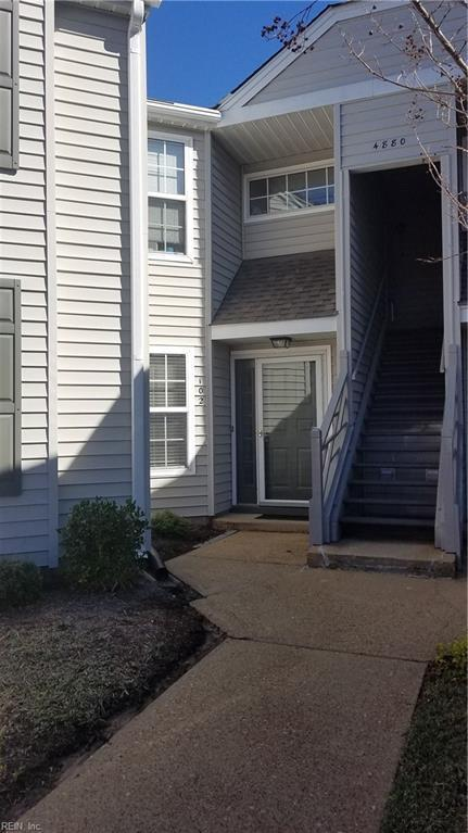 4880 Cypress Point Cir #102, Virginia Beach, VA 23455 (MLS #10242386) :: Chantel Ray Real Estate