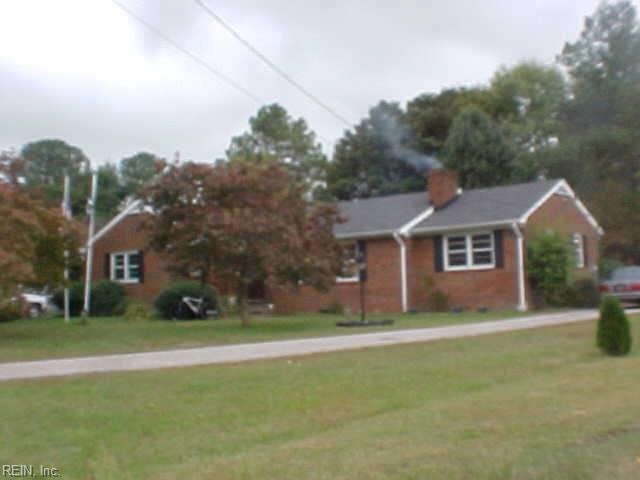 2068 Hayes Rd, Gloucester County, VA 23072 (MLS #10243071) :: AtCoastal Realty