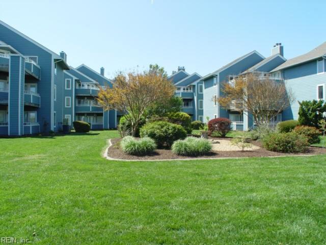 4826 Bay Landing Dr, Virginia Beach, VA 23455 (MLS #10243333) :: Chantel Ray Real Estate