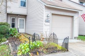 4825 Afton Ct, Virginia Beach, VA 23462 (MLS #10243465) :: Chantel Ray Real Estate