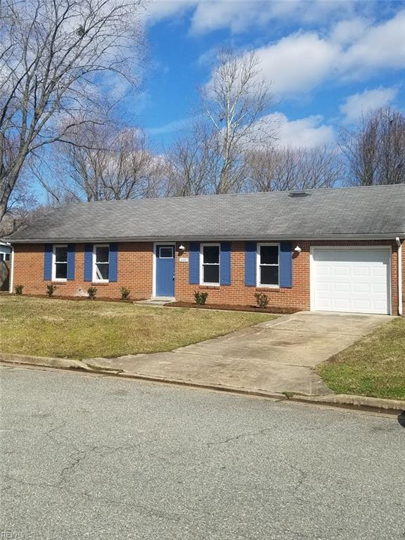 338 Malden Ln, Newport News, VA 23602 (MLS #10243707) :: AtCoastal Realty