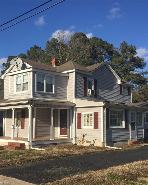 202 Middle St, Isle of Wight County, VA 23430 (MLS #10244571) :: Chantel Ray Real Estate