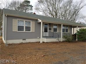 1511 Aberdeen Rd, Hampton, VA 23666 (MLS #10245397) :: AtCoastal Realty