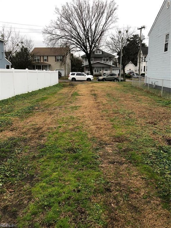 312 Mahone Ave, Norfolk, VA 23523 (#10245688) :: Berkshire Hathaway HomeServices Towne Realty