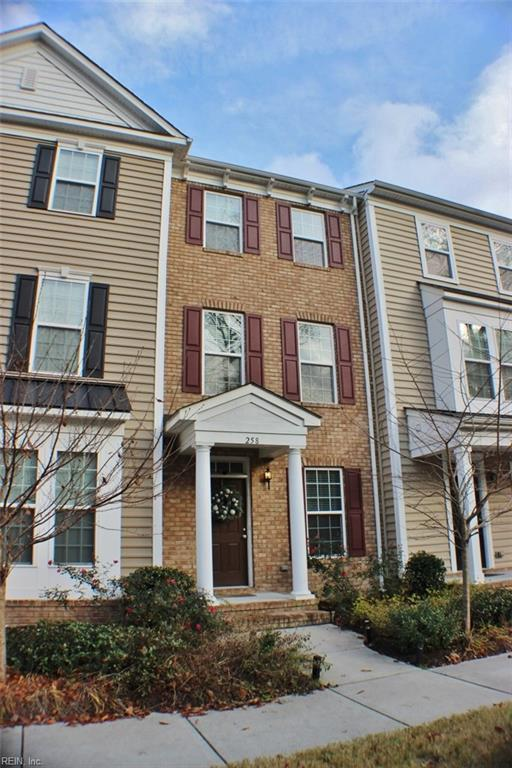 258 Paradise Dr, Portsmouth, VA 23701 (#10245976) :: Berkshire Hathaway HomeServices Towne Realty