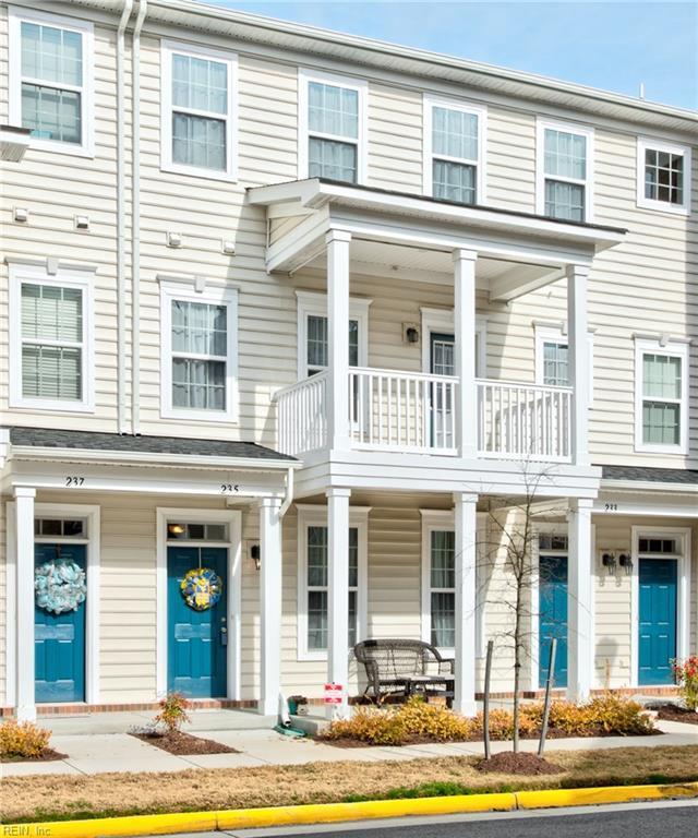 235 Breccia Ln 211B, Virginia Beach, VA 23462 (#10246173) :: Vasquez Real Estate Group