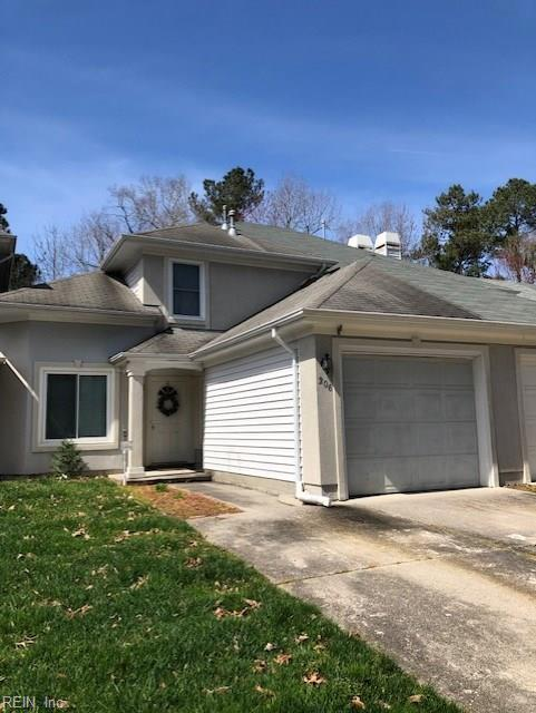 206 Esplanade Pl, Chesapeake, VA 23320 (MLS #10246426) :: Chantel Ray Real Estate