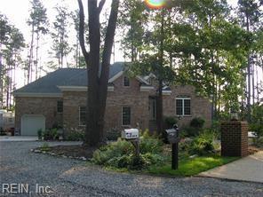 110 Fox Pond Ln, Hampton, VA 23664 (#10246762) :: The Kris Weaver Real Estate Team