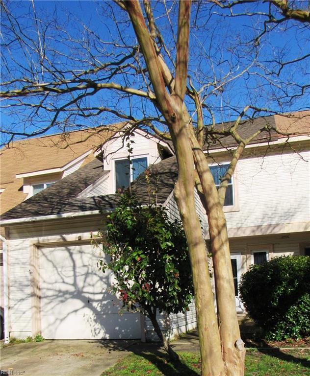 719 Hecate Dr, Virginia Beach, VA 23454 (#10246773) :: The Kris Weaver Real Estate Team