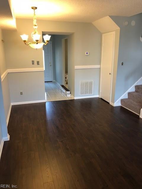715 Tilden Pl, Virginia Beach, VA 23451 (#10247390) :: Austin James Real Estate
