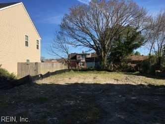2734 Beachmont Ave, Norfolk, VA 23504 (#10250943) :: Abbitt Realty Co.