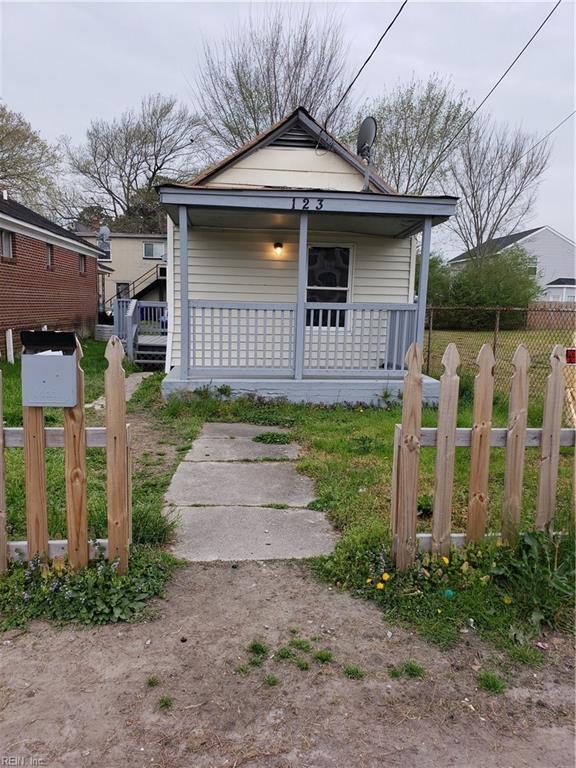 123 Wall St, Portsmouth, VA 23702 (#10251188) :: The Kris Weaver Real Estate Team