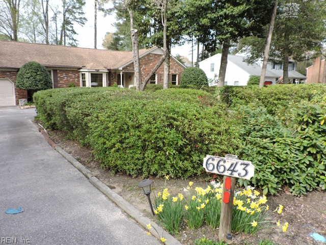 6643 John Smith Ln, Gloucester County, VA 23072 (#10251651) :: Abbitt Realty Co.