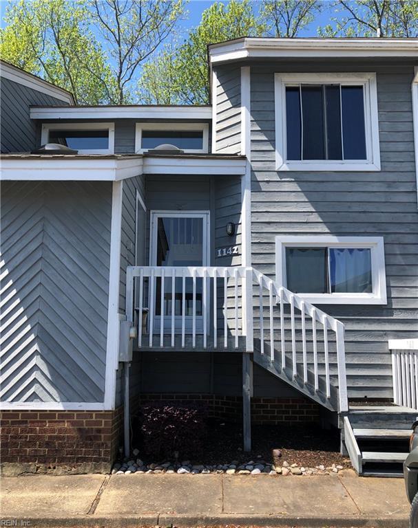 1142 Glengarry Way, Virginia Beach, VA 23451 (#10253374) :: Berkshire Hathaway HomeServices Towne Realty