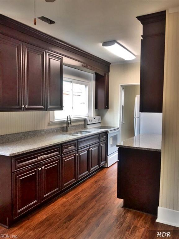 1008 E Chester St, Norfolk, VA 23503 (#10253788) :: RE/MAX Central Realty