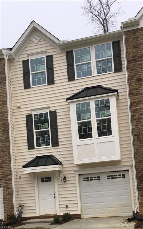 124 Mccormick Pl 5B, York County, VA 23185 (#10254276) :: Atlantic Sotheby's International Realty