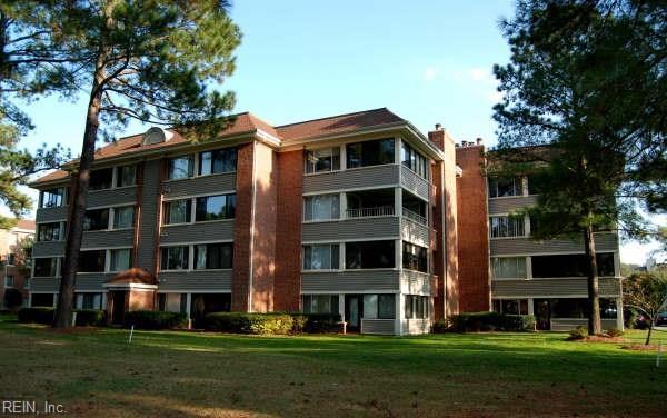 4848 Kempsville Greens Pw #305, Virginia Beach, VA 23462 (#10255910) :: Momentum Real Estate