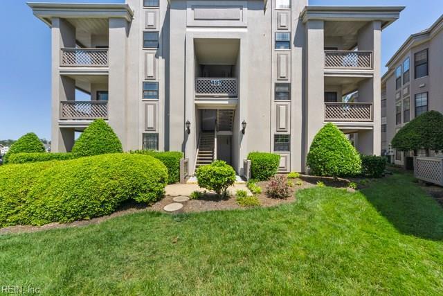 423 Harbour Pt #204, Virginia Beach, VA 23451 (#10257575) :: Momentum Real Estate