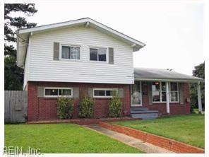 2905 Creekwood Rd, Norfolk, VA 23518 (MLS #10258325) :: AtCoastal Realty