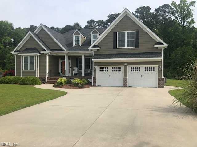 8201 Hawthorn Dr, Gloucester County, VA 23072 (#10259472) :: Abbitt Realty Co.