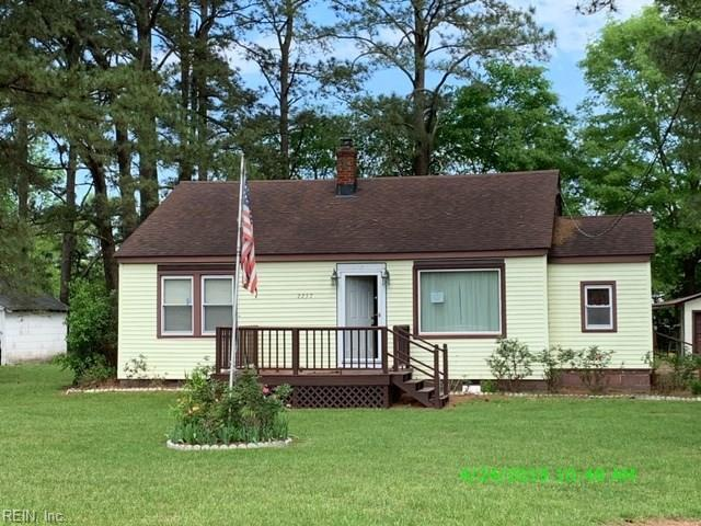 2257 Carrsville Hwy, Isle of Wight County, VA 23851 (MLS #10261740) :: Chantel Ray Real Estate