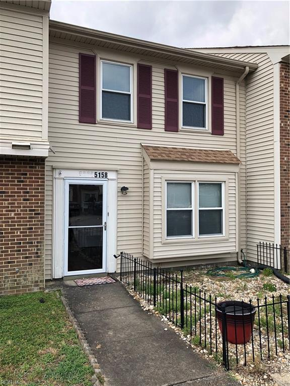 5158 Castle Way, Portsmouth, VA 23703 (MLS #10262110) :: Chantel Ray Real Estate